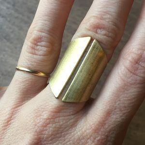 Jewelry - Big geometric ring